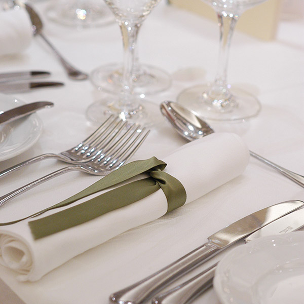 holidayinn_christmas-banquet1