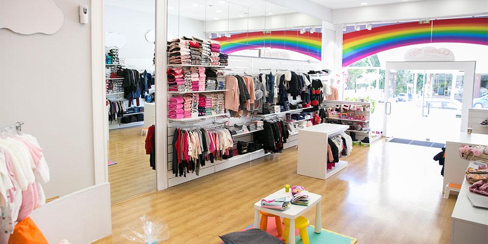 75a6c2c03977 Ουράνιο Τόξο  Δυο μαμάδες δημιουργούν ένα ιδιαίτερο κατάστημα παιδικής μόδας