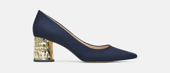 3b341596d134 Η νέα συλλογή στα παπούτσια ZARA Φθινόπωρο / Χειμώνας 2018 – 2019 διαθέτει  μια μεγάλη γκάμα επιλογών για κάθε περίσταση. Καθημερινά μποτάκια με χαμηλό  ...